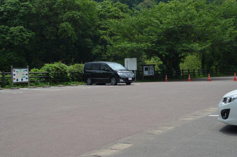 中ノ島公園の第1駐車場は午前中なら比較的空いている