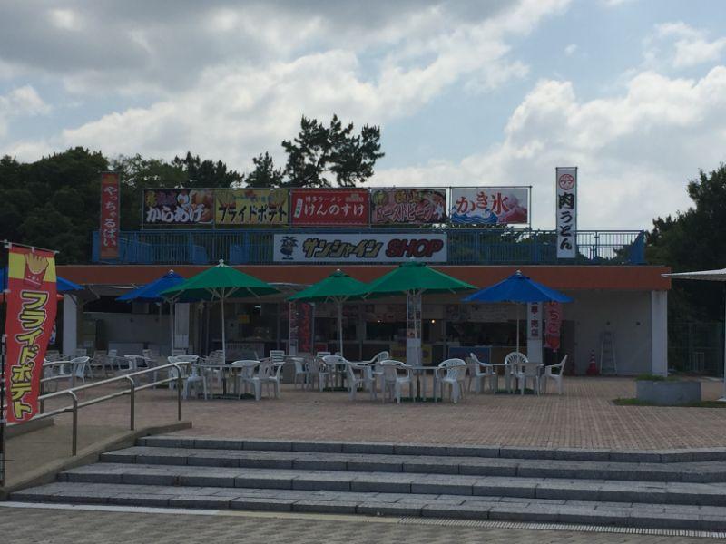 サンシャインプールの売店